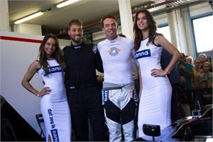 Superkarter zet MotoGP-tijden
